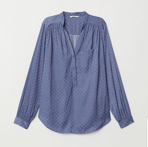 H&M | V-neck blouse -sz 10-